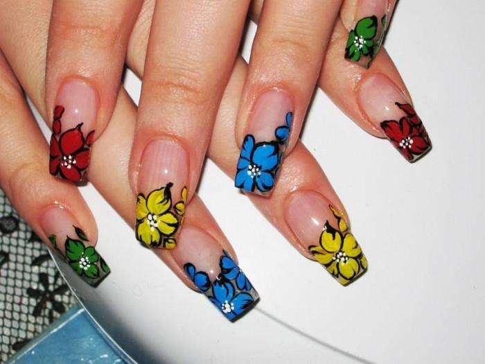 Одуванчик на ногтях (65 фото
