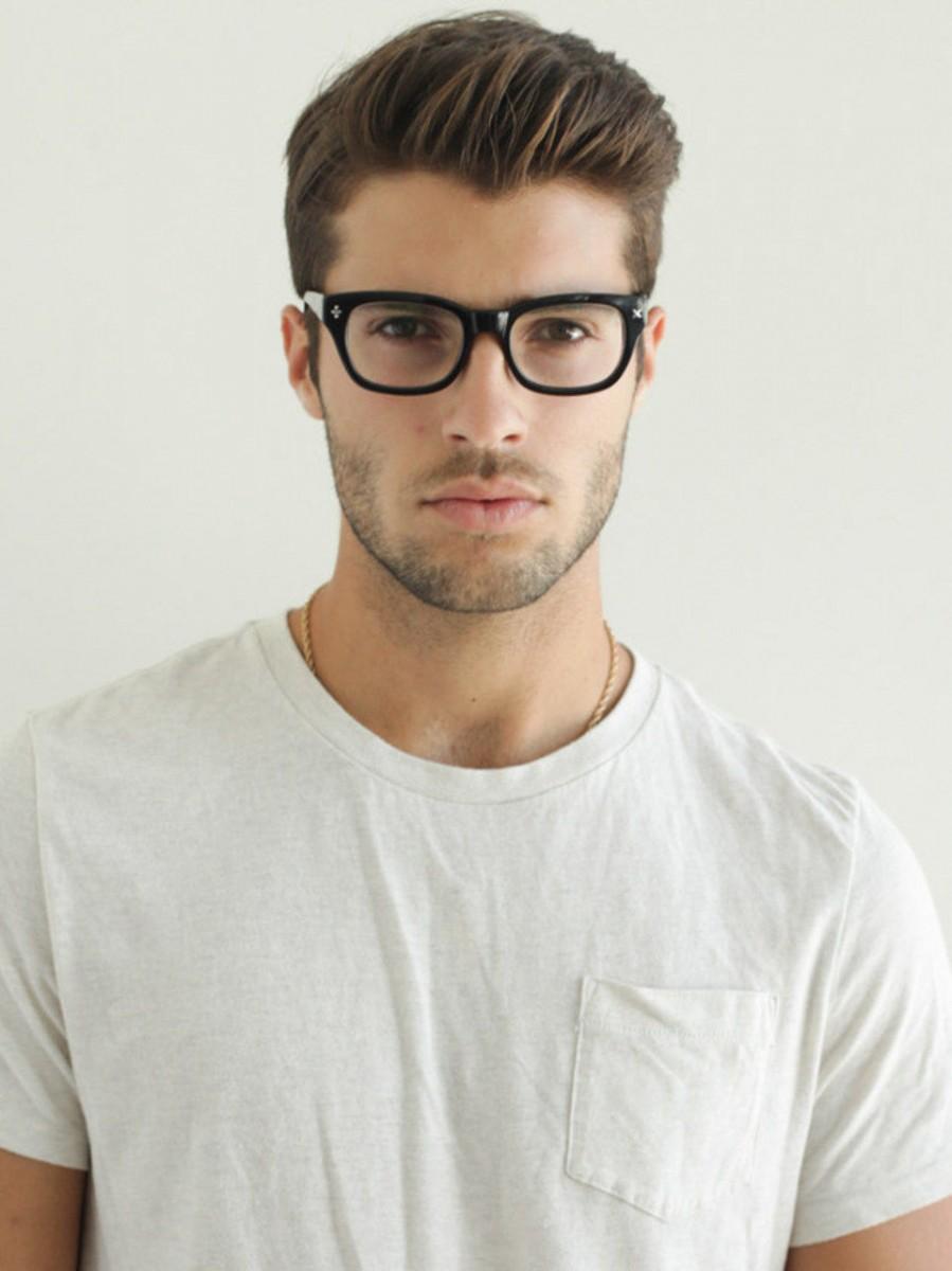 Как подобрать стрижку мужчине - alfach. org Какая мужская прическа подходит к очкам