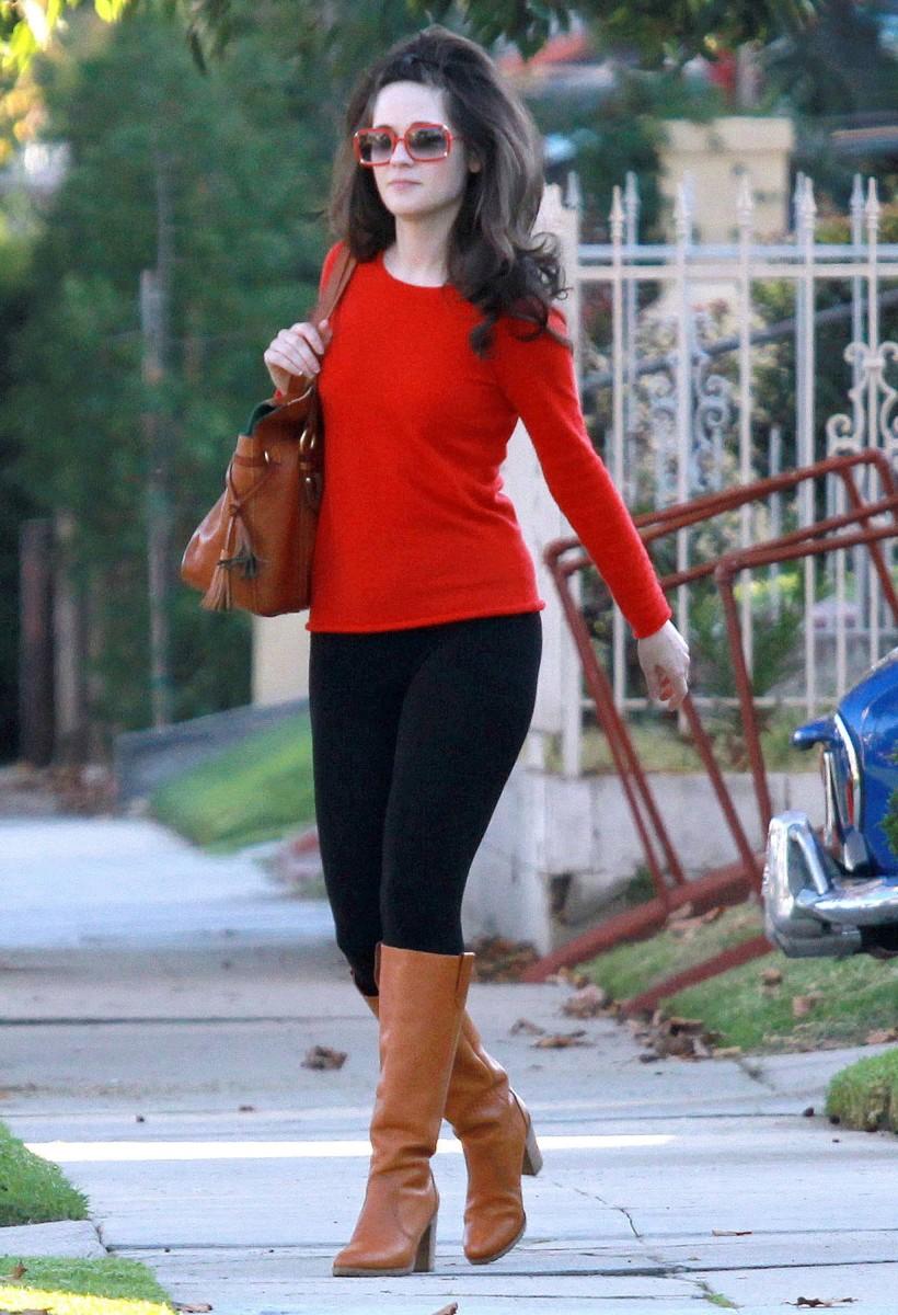 C чем носить оранжевые сапоги