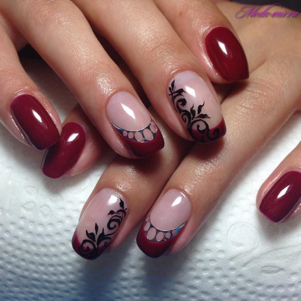 Бордовый френч ногти