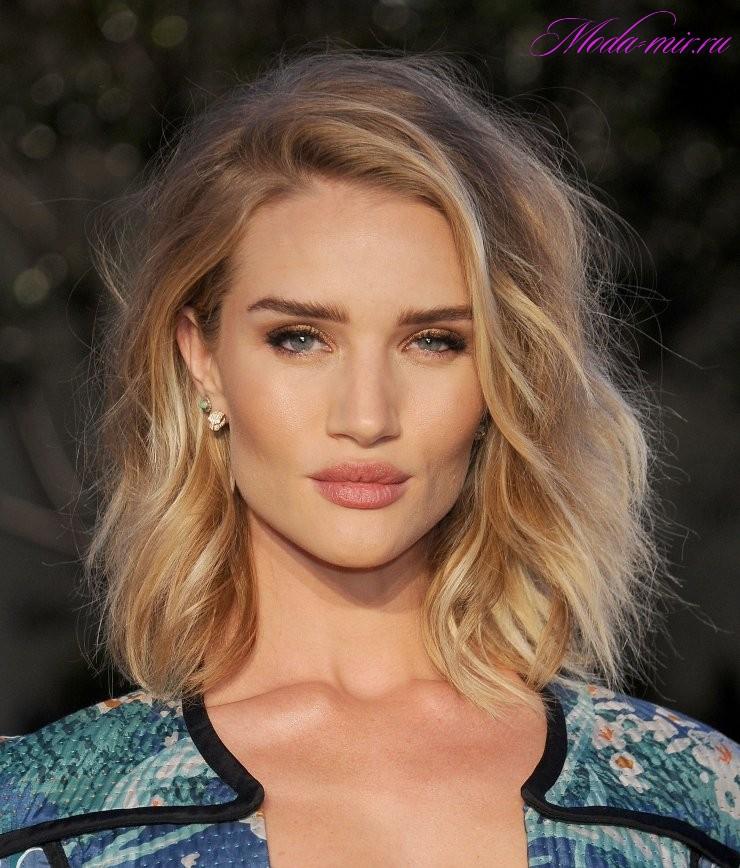 Модные стрижки 2017 на средние волосы фото для девушек
