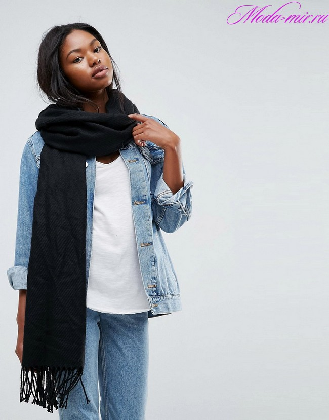Sharfy s bahromoj 2018 goda modnye tendencii foto
