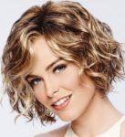 Стрижки на вьющиеся волосы средней длины: актуальные стрижки на кудрявые волосы 2021
