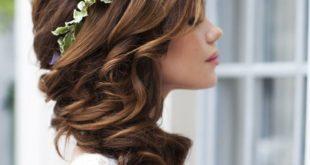 свадебные прически на средние волосы распущенные